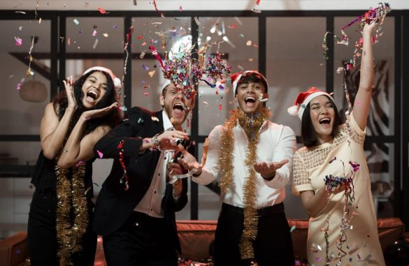 5 Fun Ideas To Celebrate a Virtual Christmas With Your Team
